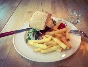 Lunch burger at Fanny