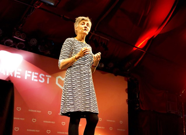 Robin Chase presenting Peer Inc at OuiShare Fest.